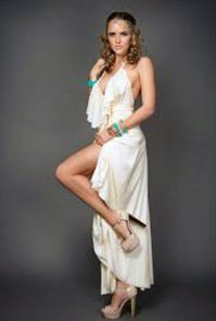Amy Lennox legs