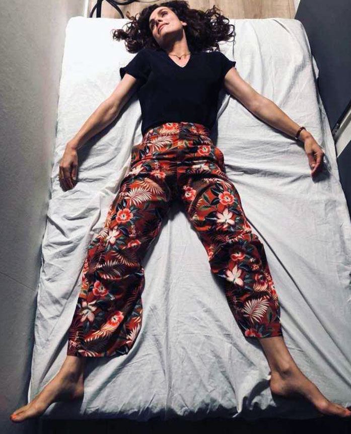 Anna Drijver feet