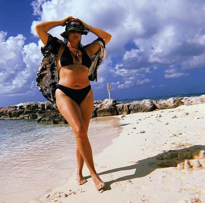 Candice Huffine bikini