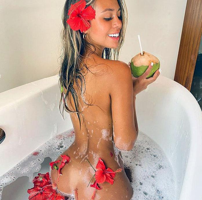 Desiree Schlotz ass