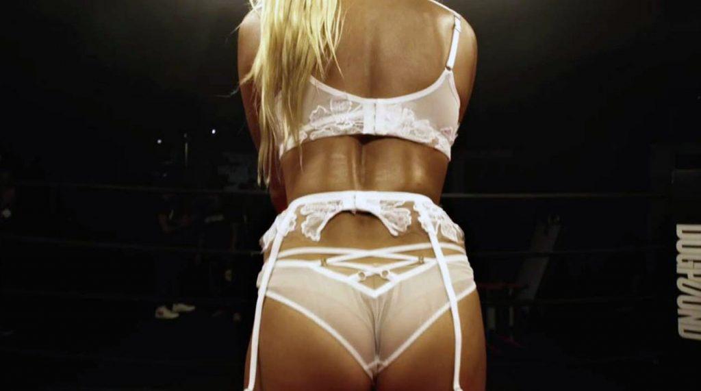 Hailey Baldwin ass