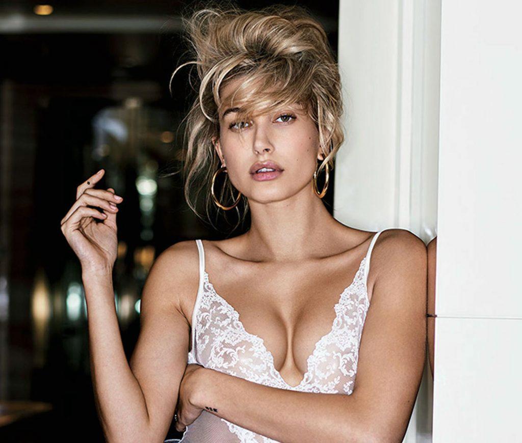 Hailey Baldwin cleavage