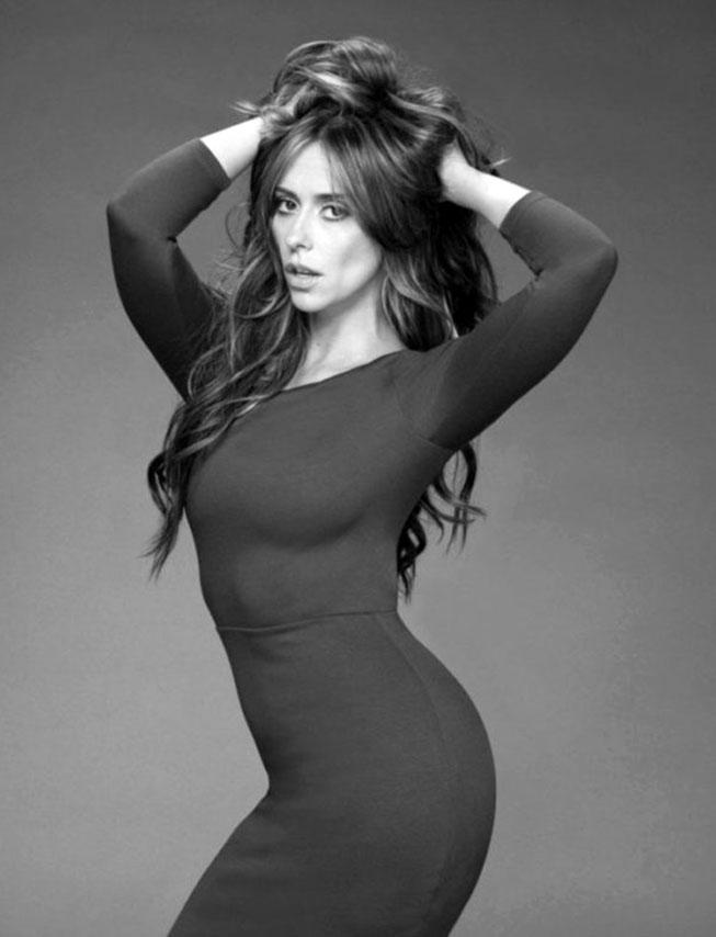 Jennifer Love Hewitt butt