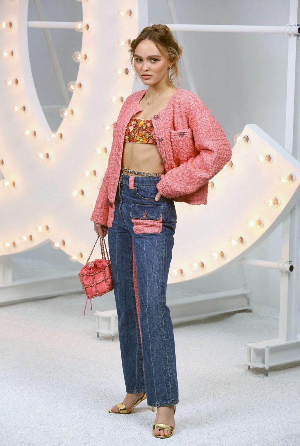 Lily-Rose Depp sexy