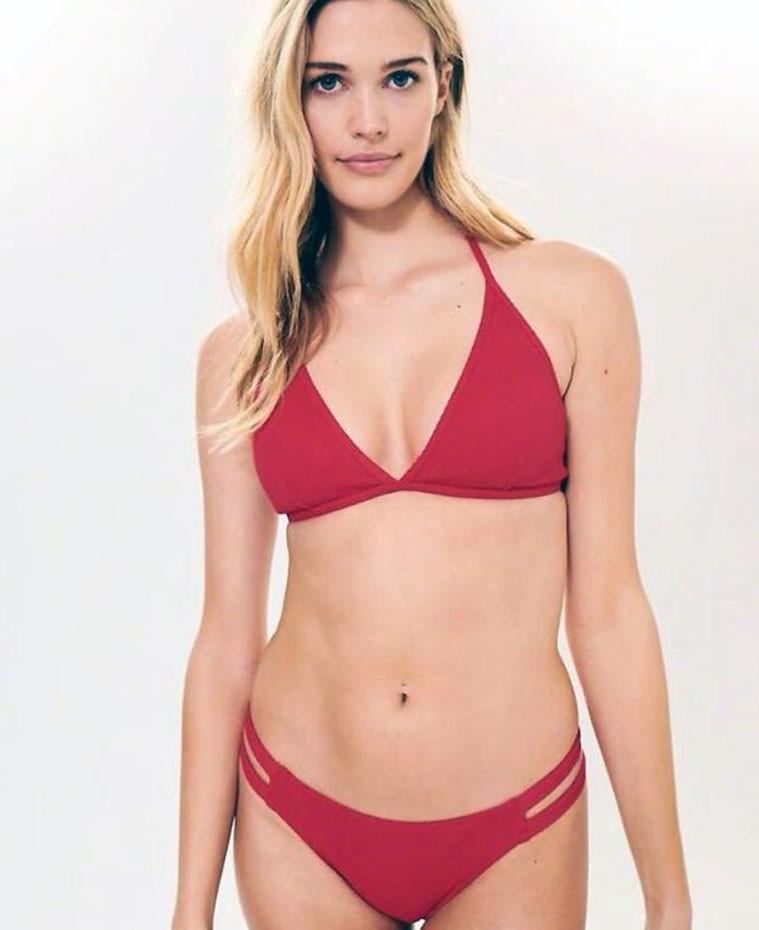 Noel Berry boobs