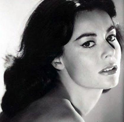 Anne Heywood hot