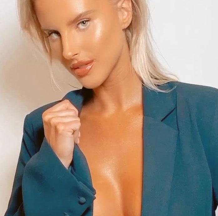 Brennah Black boobs