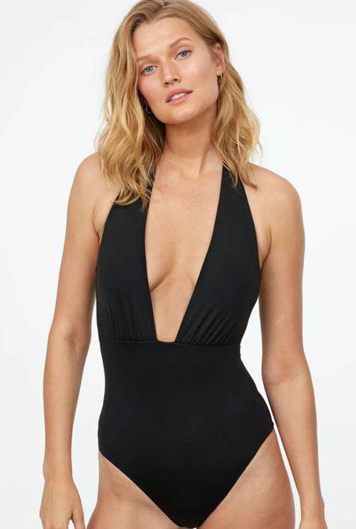 Toni Garrn boobs
