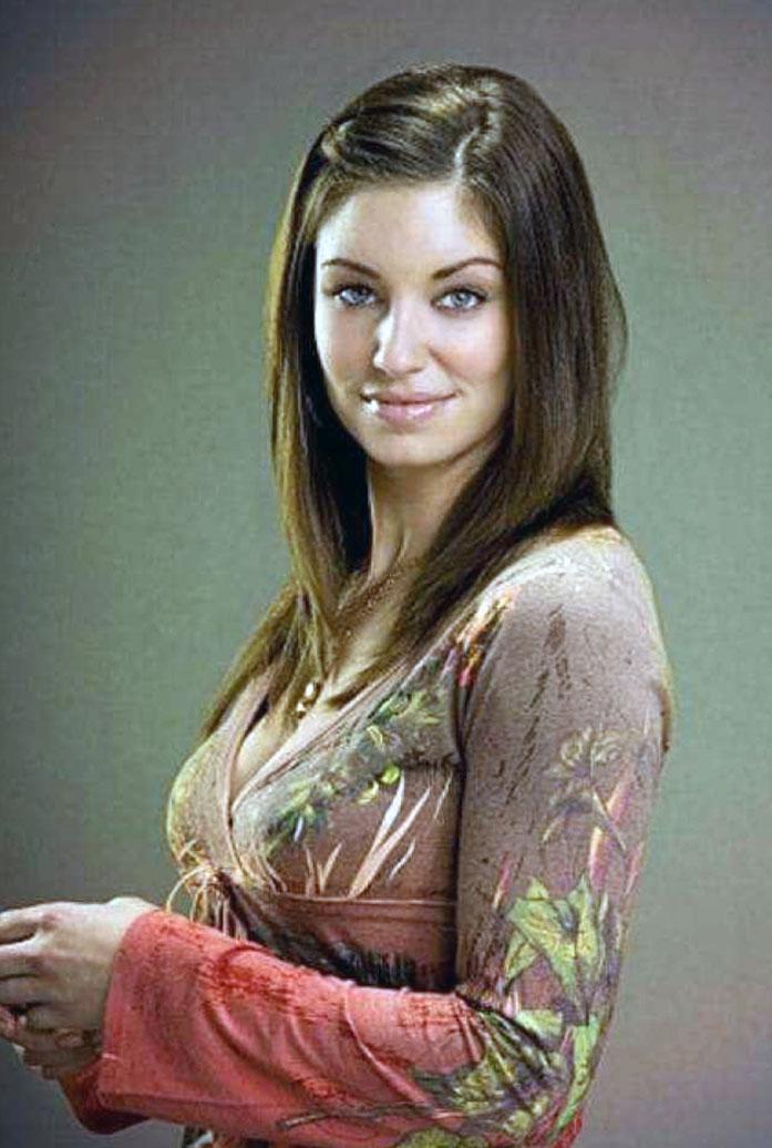 Bianca Kajlich boobs