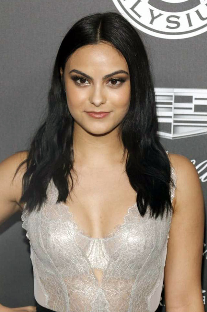 Camila Mendes cleavage
