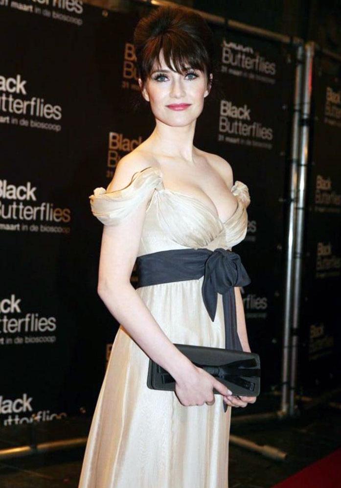 Carice van Houten cleavage