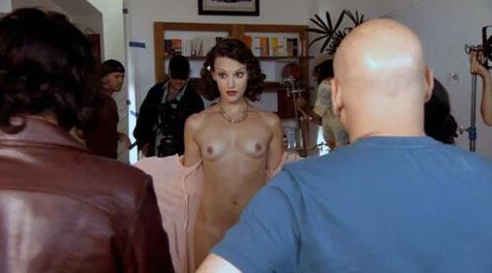 Carla Gallo naked