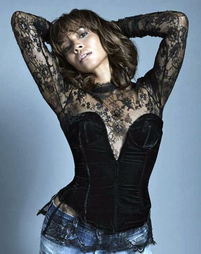 Carmen Ejogo sexy