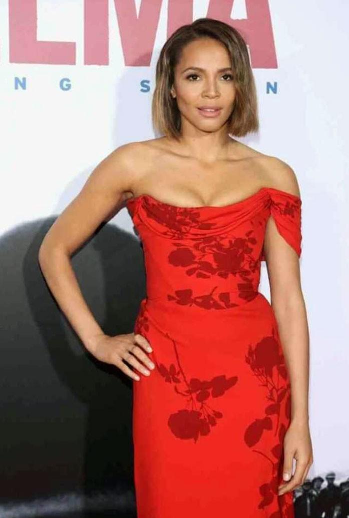Carmen Ejogo boobs